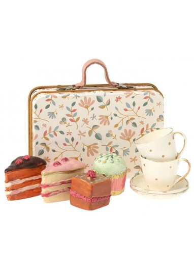 Cake set in suitcase Maileg